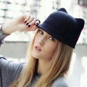Zara 100% wool cat hat